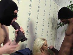 Mistress gets footworship