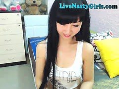 Hot Asian Webcam Girl...